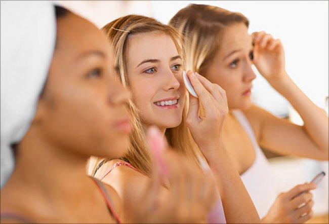 Cómo crear una rutina facial adecuada