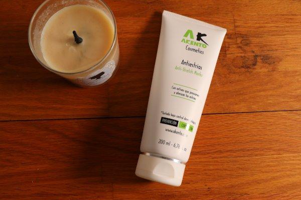 Mi opinión de la crema anti estrías de la marca Akento