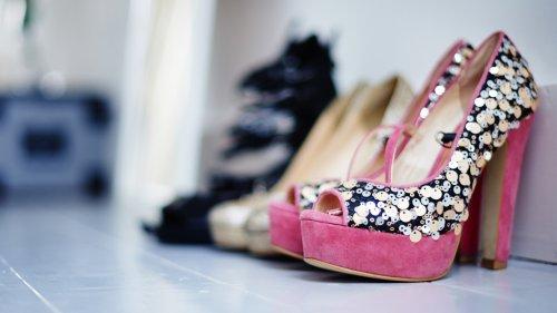 Trucos para llevar zapatos de tacón